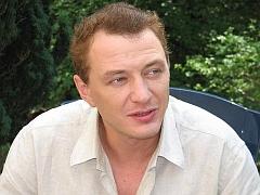 Ведущий Марат Башаров