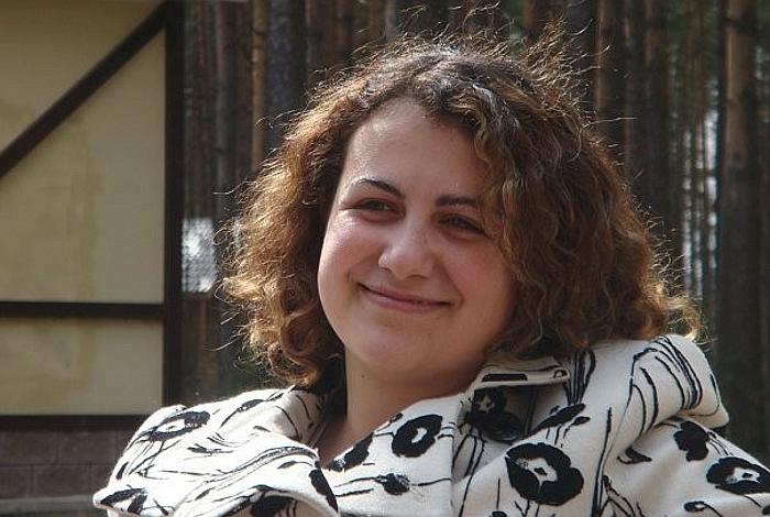 Битва экстрасенсов участница Нонна Хидирян
