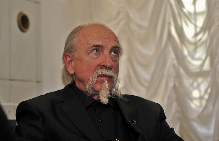Битва экстрасенсов 9 сезон Юрий Оленин