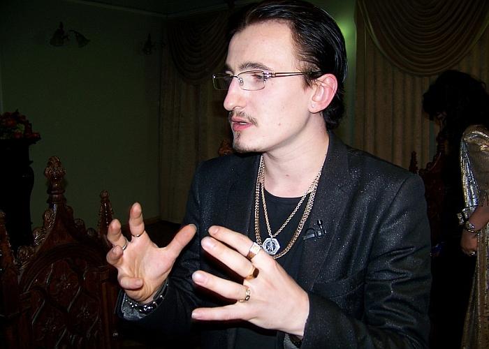 Влад Кадони участник