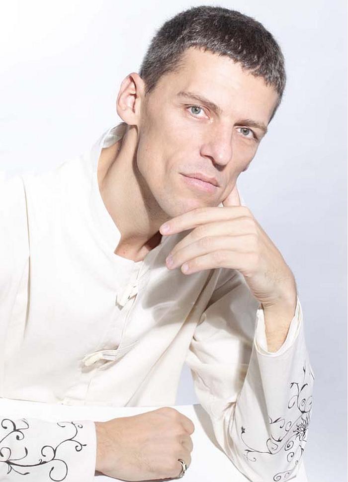Участник 8 сезон Владимир Муранов