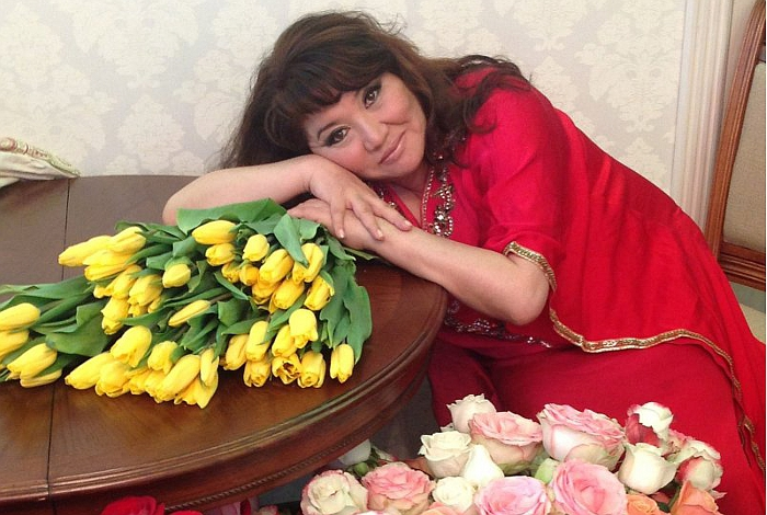 Кажетта Ахметжанова участница 6 сезон Битвы экстрасенсов