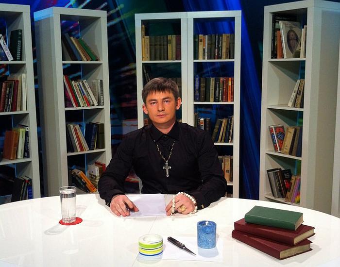 Битва экстрасенсов 15 сезон Олег Корнелиус