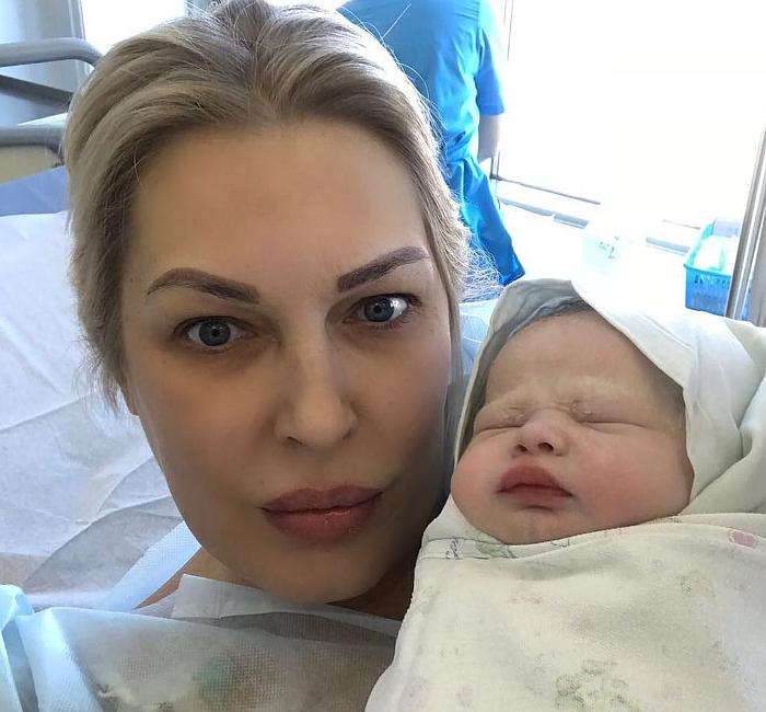 Елена Ясевич и дочь